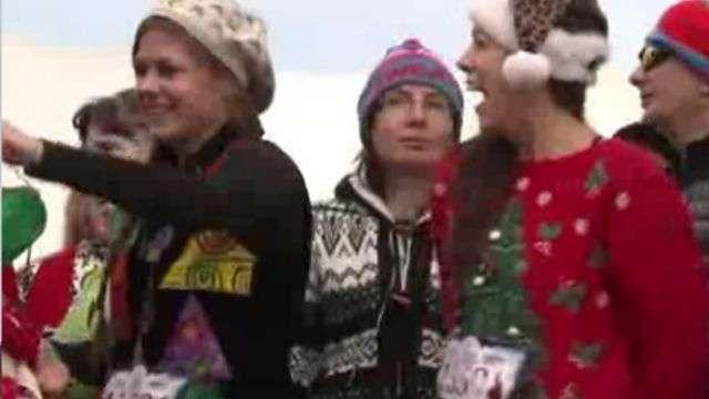 ¡Espíritu navideño! Corrieron con sus peores sweaters navideños