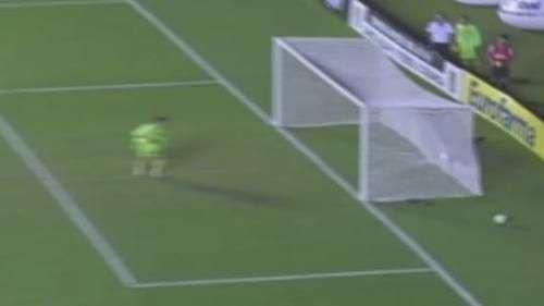 Veja golaço do atacante do Santos na vitória sobre Atlético-MG