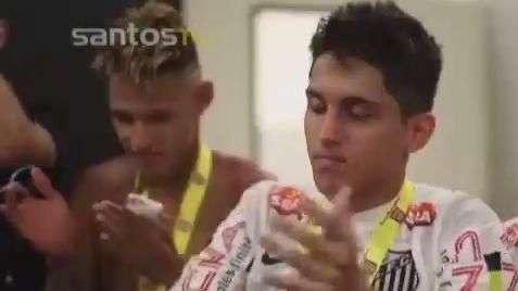 """Conheça o santista """"baixinho"""" eleito craque da Copa SP"""