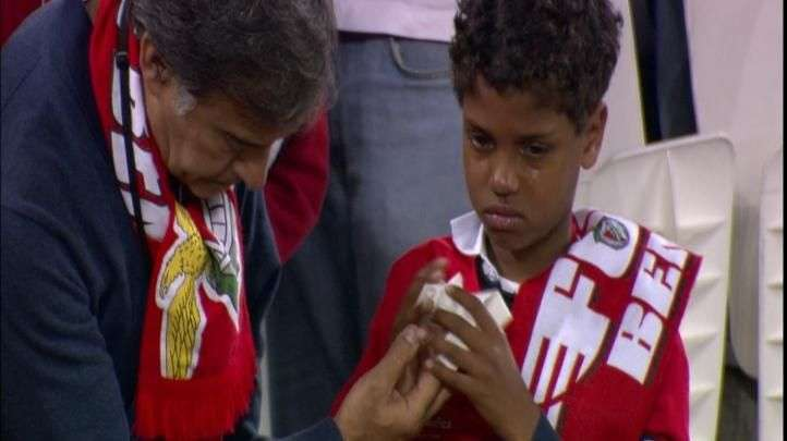 Tristeza portuguesa: Benfica chora derrota na Liga Europa