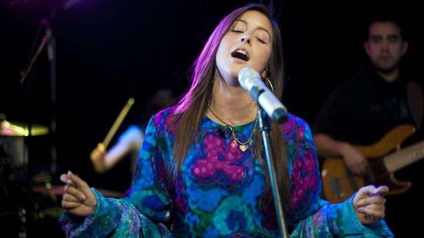D-Niss Rosenthal deslumbró en estreno de Terra Live Music