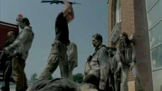 "Lanzan avance de la 5° temporada de ""The walking dead"""