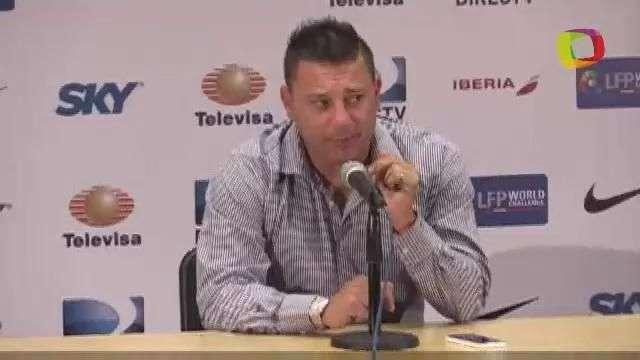 """""""Raúl Jiménez está para ser titular, ojalá se quede"""", ..."""