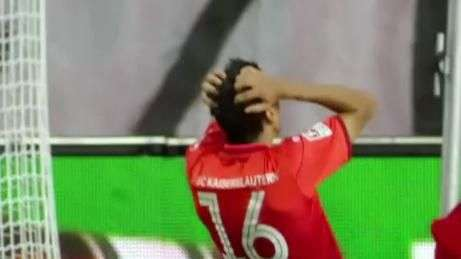 Jogador do Kaiserslautern perde gol incrível na Bundesliga