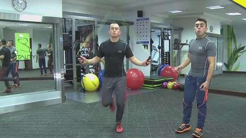 Ejercicios funcionales: saltar lazo