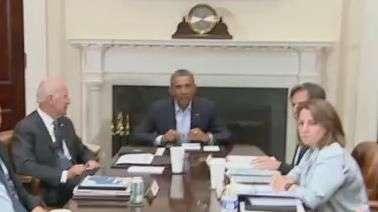 Obama interrompe férias para discutir crise em Ferguson