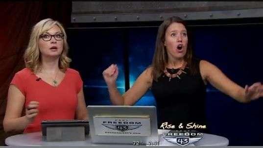 Sismo sorprende a presentadoras en vivo ¡Mira su reacción!