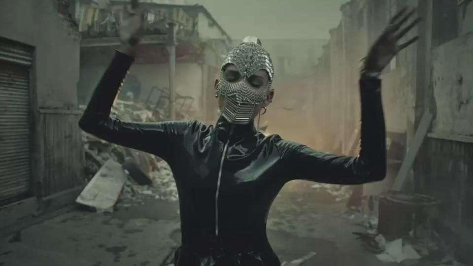 Music Video: Natalia Jiménez, 'Creo en mí'