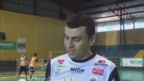 Futsal: Cascavel fica sem Donny para enfrentar o Foz Cataratas