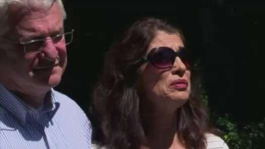 Pais de jornalista decapitado falam sobre a perda do filho