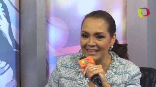 Aida Cuevas renueva los clásicos con 'Canto a mi Tierra'