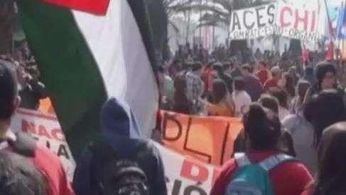 Estudantes chilenos protestam por melhorias na educação