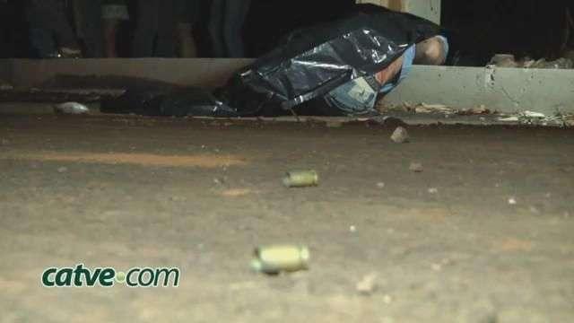 Adolescente é morto a tiros no jardim Colmeia
