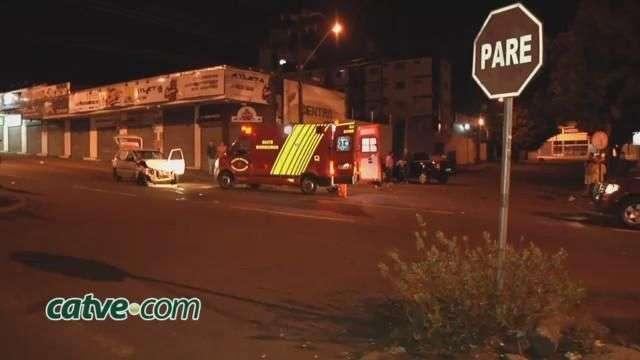 Montana avança preferencial e causa acidente na rua São Paulo