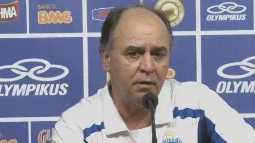 Marcelo Oliveira comemora vitória e pede foco em objetivo