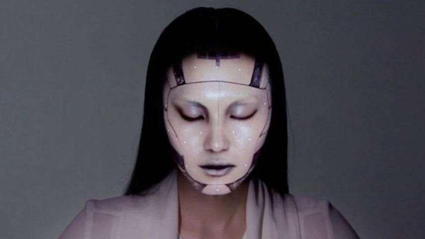 El 'maquillaje del futuro' permite transformar cualquier...