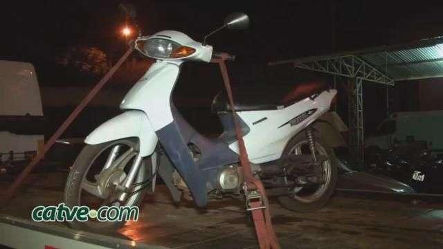 PM recupera motocicleta no bairro Periolo