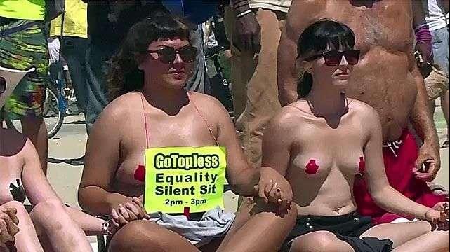 Protestan en Los Ángeles contra prohibición de topless