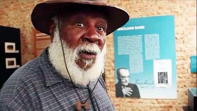 El último prisionero vivo en la Isla Grande de Brasil