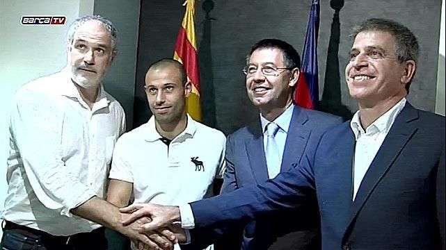 Mascherano amplía su contrato con el Barcelona hasta 2018