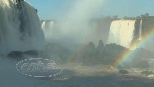 Vazão das Cataratas muda o cenário do atrativo turístico