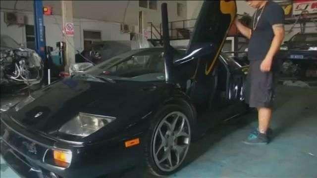 Video: Ingeniero chino se fabrica su propio Lamborghini Diablo