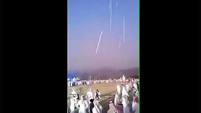 Árabes celebran una boda a los tiros