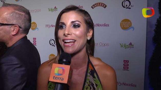 Natalia Sáenz la latina más divertida te saluda