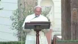 Papa Francisco recebe padre da única igreja católica de Gaza