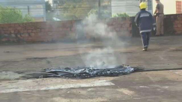 Bombeiros apagam princípio de incêndio no Pacaembu