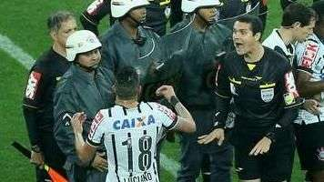 Lances polêmicos marcam empate entre Corinthians e Flu; veja