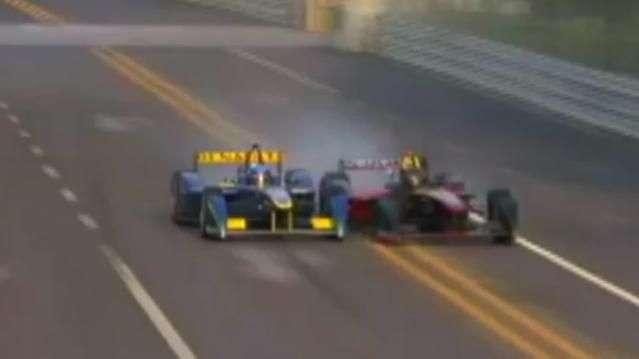 Filho de Prost e ex-F1 se envolvem em batida de tirar fôlego