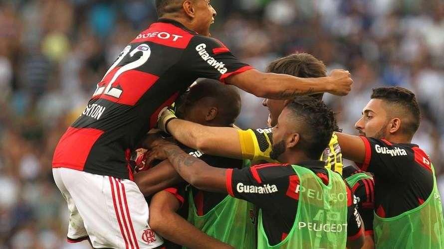 Veja o gol de Flamengo 1 x 0 Corinthians pelo Brasileiro