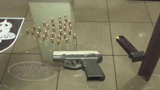 Pistola 380 e munições são apreendidas no Universitário