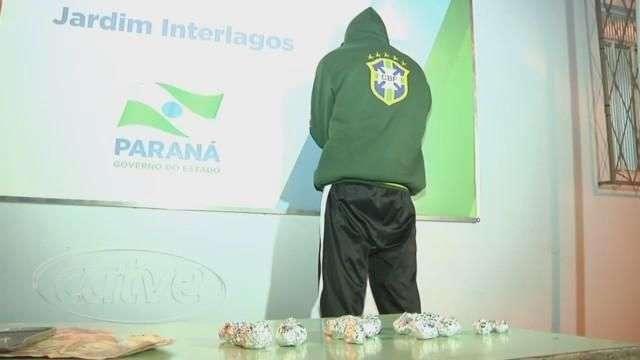 Rapaz é detido por tráfico de drogas no bairro Gramado