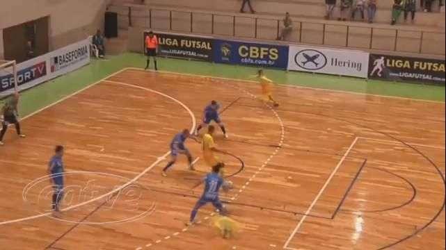 Futsal: Blumenau surpreende e vence o Marechal por 4 a 2