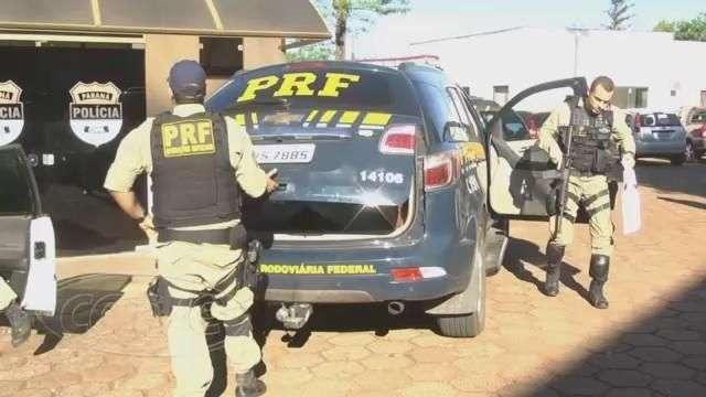 PRF prende homens com revólveres e munição na BR 369