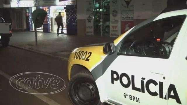 Bandidos levam R$ 500,00 de farmácia no Alto Alegre
