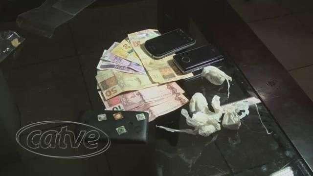 Quatro são detidos por tráfico pelo Choque no Santo Onofre