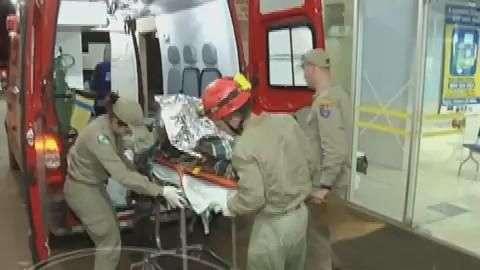 Depois de vinte dias com a perna fraturada homem é resgatado
