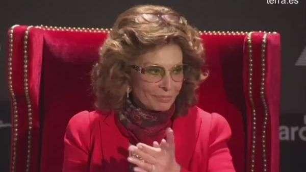 Sofía Loren, emocionada en su 80 cumpleaños