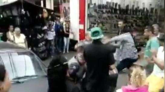 Vídeo mostra PM atirando contra camelô em SP