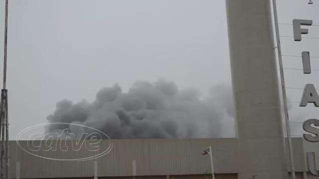 Incêndio destrói 50% de indústria em Toledo
