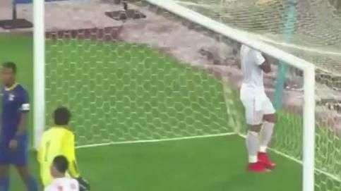 Meu Deus! Jogador perde gol incrível no futebol da China