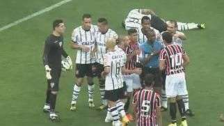 Veja os gols de Corinthians 3 x 2 São Paulo pelo Brasileiro