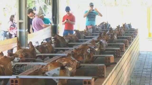 Festa do Porco no Rolete atrai bom público a Toledo
