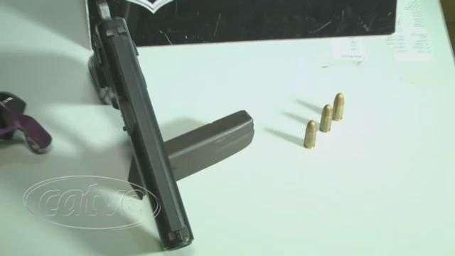 Adolescente de 15 anos é apreendida com pistola em Cascavel