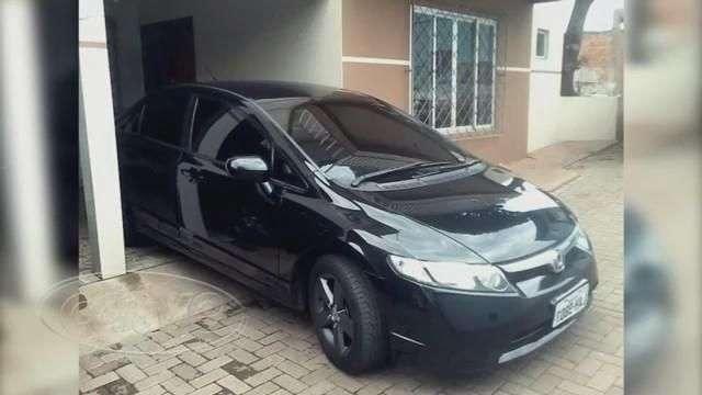 Honda Civic é tomado em assalto à mão armada no bairro Santo Onofre