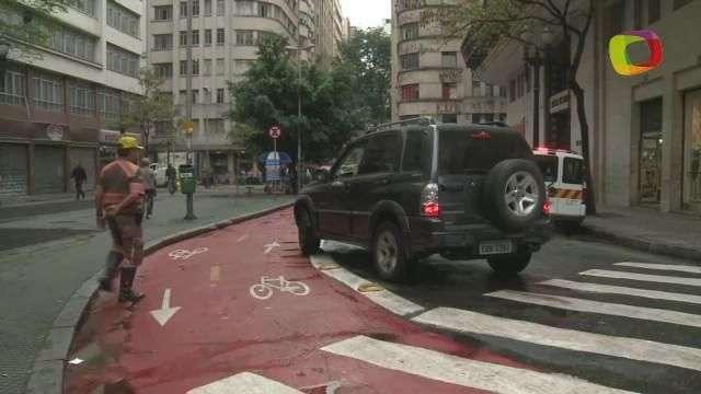 Terra acompanha CET em fiscalização de ciclovias em SP