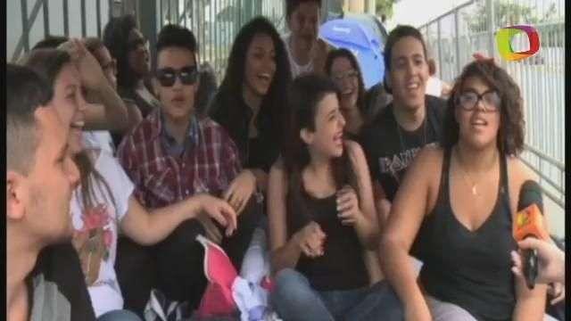 Fãs enfrentam acampamento na rua antes do show de Miley Cyrus em SP